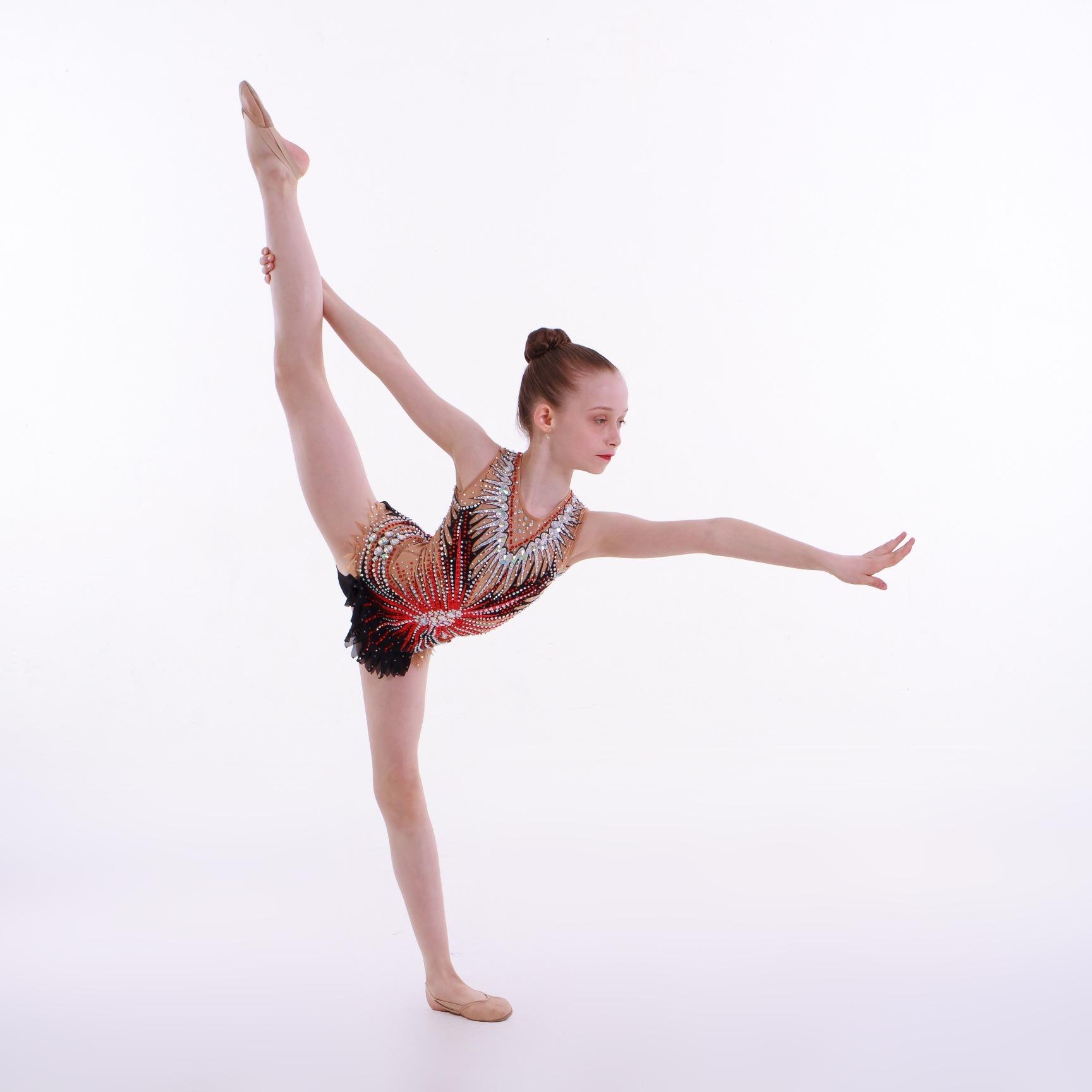 Zajęcia dla dzieci Gimnastyka artystyczna z elementami tańca, 5-8 lat (poziom początkujący) w Warszawie