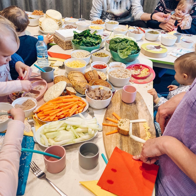 Zajęcia dla dzieci OD ZABAWY DO POTRAWY - dzieci siedzące do 3 lat w Warszawie
