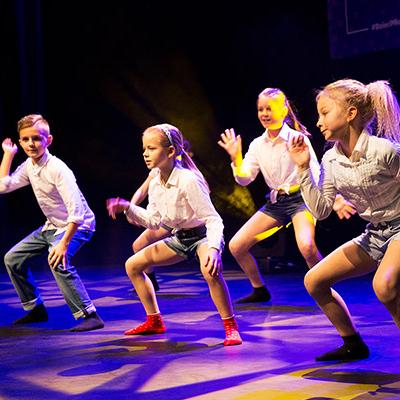 Zajęcia dla dzieci Taniec jazzowy, 7-11 lat (poziom początkujący) w Warszawie