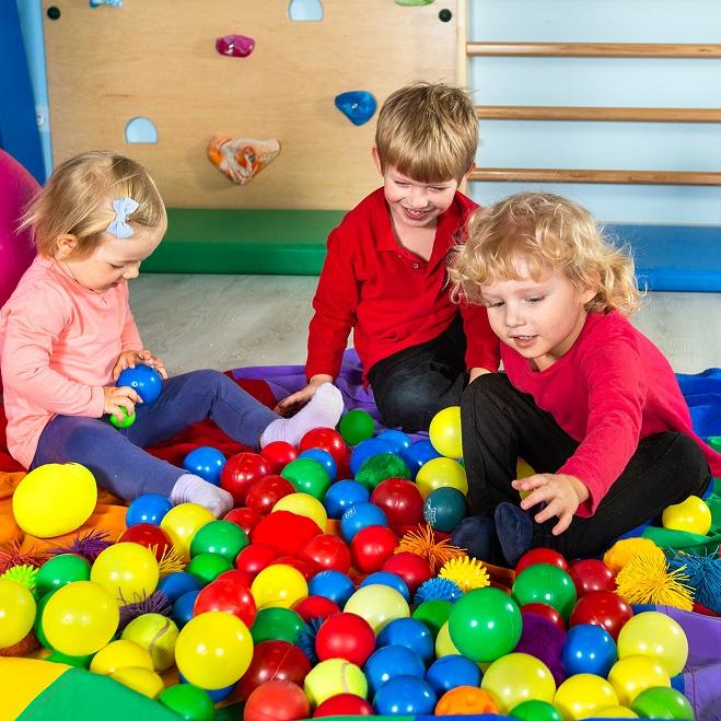 Zajęcia dla dzieci Zajęcia sensoryczne smyko-multisensoryka dla dzieci od ok 1,5 r do 3 lat w Warszawie